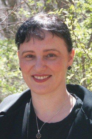 Angry Robot author Anna Kashina